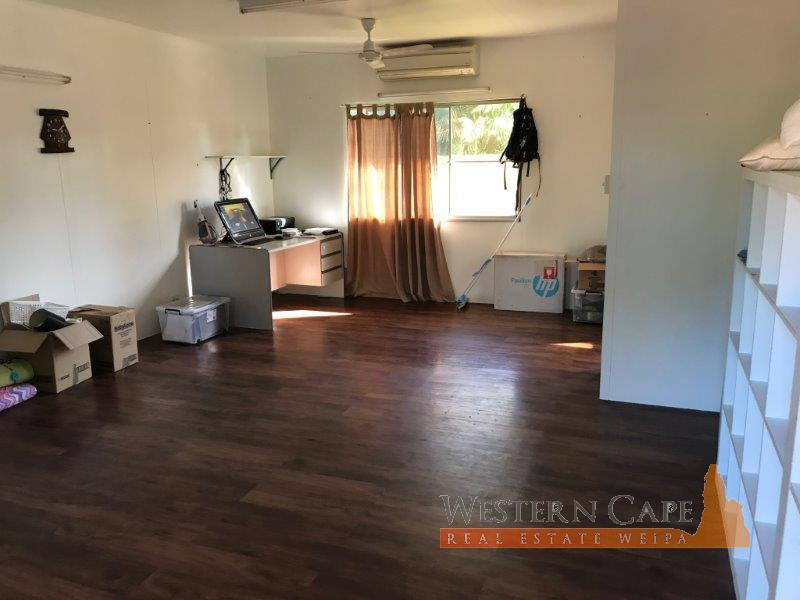 sales_detail.php?property1Order=Sorter_price&property1Dir=ASC&property_id=138